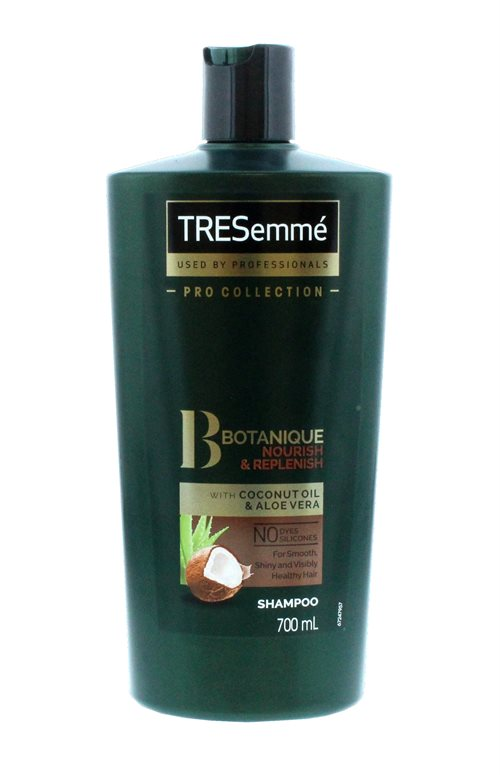 Tresemme 700ml Shampoo Botanique Nourish & Replenish With Coconut Oil And Aloe Vera