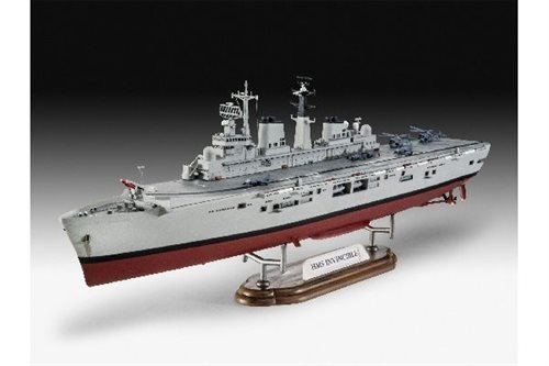 1:700 HMS Invincible (Falkland War)